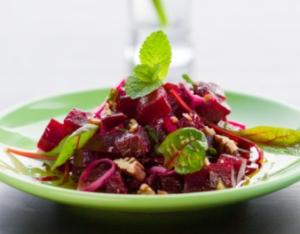 диетические рецепты, салат из свеклы, теплый салат, баллы, калории, ккал, жир